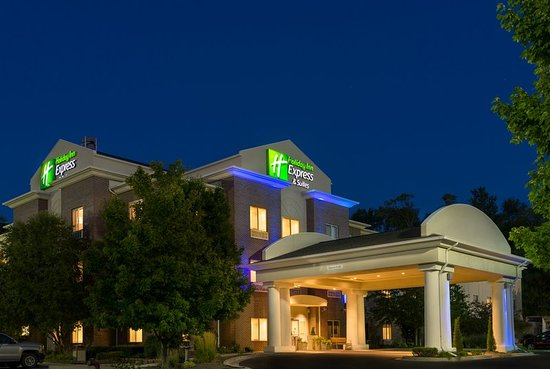 Holiday Inn Express and Suites Independence