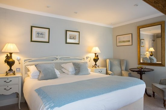 The Priory Hotel: Guest room