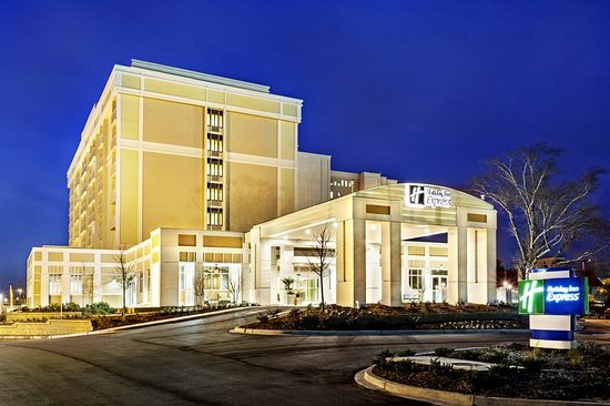 Holiday Inn Express Charleston Downtown - Medical Area Hotel