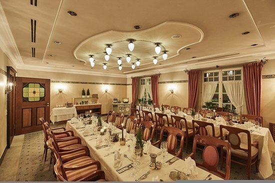 Neufarn, Tyskland: Restaurant