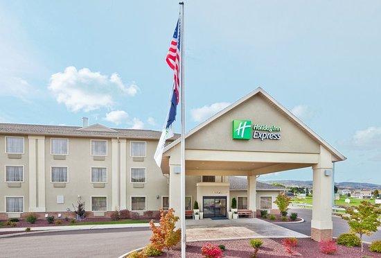 Good Overnight Stop Along I 80 Review Of Holiday Inn Express Bloomsburg Pa Tripadvisor