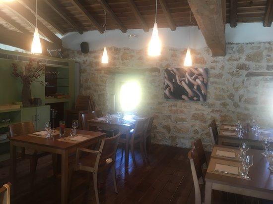 Atapuerca, สเปน: Local