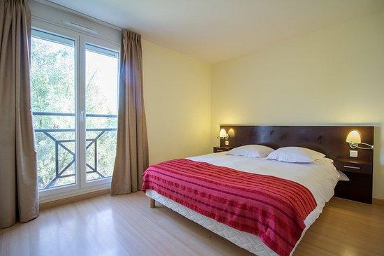 Veigy-Foncenex, France: Guest room