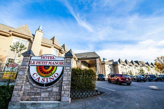 Hotel Pavillons Le Petit Manoir du Casino Image