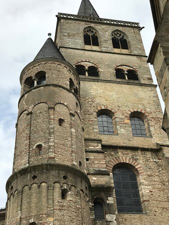 Dudeldorf, Niemcy: Church of our lady Trier