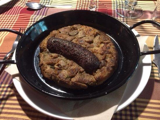Prats de Llucanes, إسبانيا: trinxat con ceps