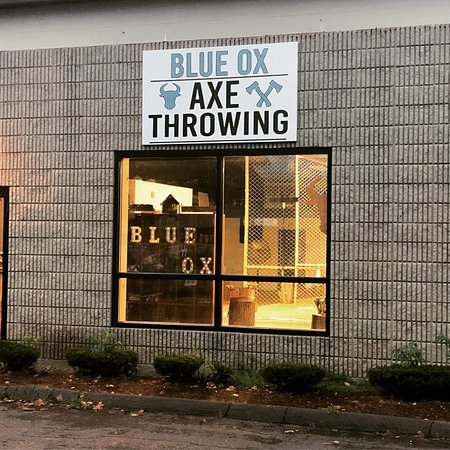 Wallingford, CT: Blue Ox Axe Throwing