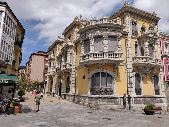 Avilés, España: Esquina.