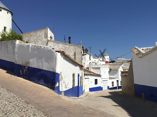 Mota del Cuervo, Spain: View from the street of the windmills