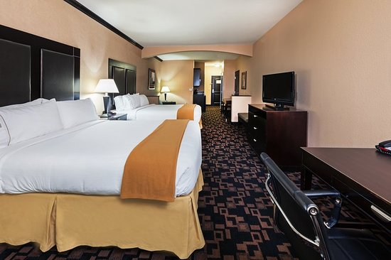 Holiday Inn Express Hotel & Suites - Glen Rose