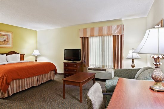 Country Inn Amp Suites By Radisson Raleigh Durham Airport