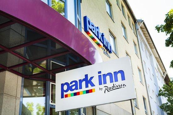 Park Inn by Radisson München Frankfurter Ring: Exterior