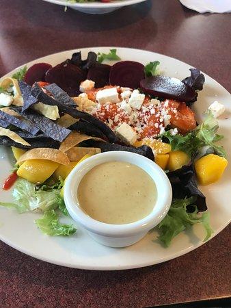 Pojoaque, Nuevo Mexico: Mango Shrimp Salad