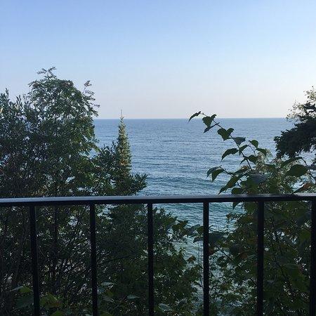 The Cliff Dweller on Lake Superior: photo0.jpg