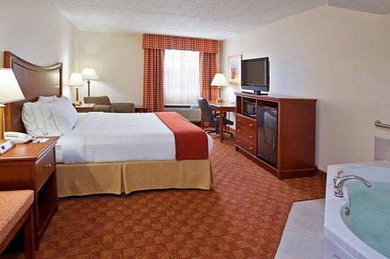 Delmont, PA: Suite