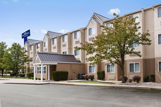 Microtel Inn & Suites by Wyndham Louisville East