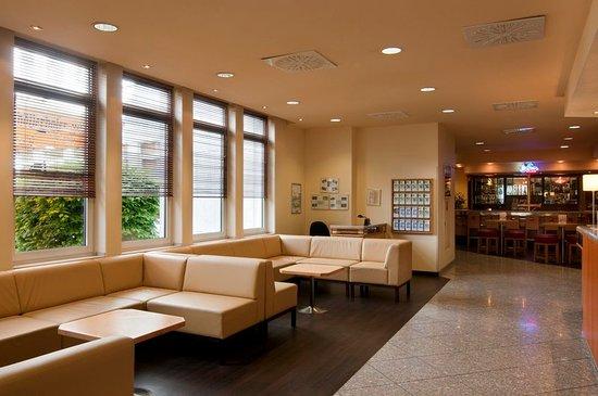 holiday inn frankfurt airport neu isenburg 94 1 0 2. Black Bedroom Furniture Sets. Home Design Ideas