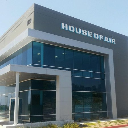 ‪House of Air‬