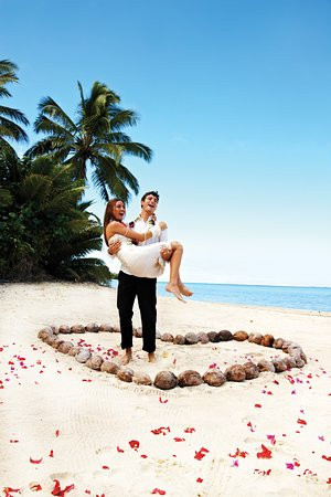 "Here in the Cook Islands we will have you saying ""I do"" in no time! – Titikaveka"