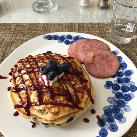 Maples Inn: I found a picture of my blueberry pancakes. They were awesome!