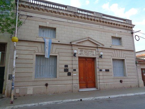Biblioteca Popular Rafael Obligado