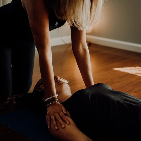 Sunstone Massage Wellness & Yoga