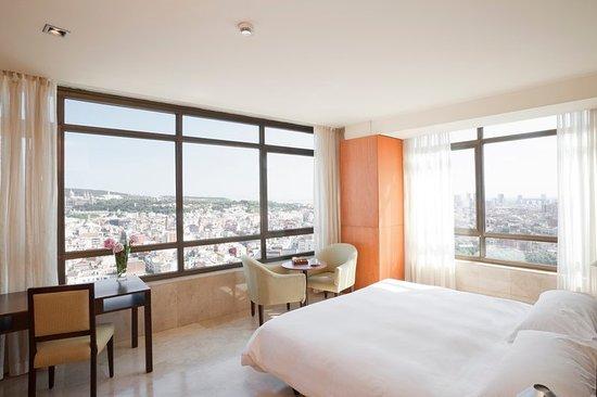 Gran Hotel Torre Catalunya: Suite