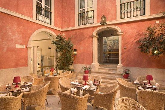 Minibar Kühlschrank Real : Hotel real palacio: bewertungen fotos & preisvergleich lissabon