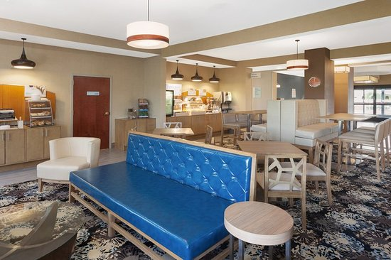 Holiday Inn Express Suites Dayton West Brookville 76 9 3 Updated 2018 Prices Hotel Reviews Oh Tripadvisor