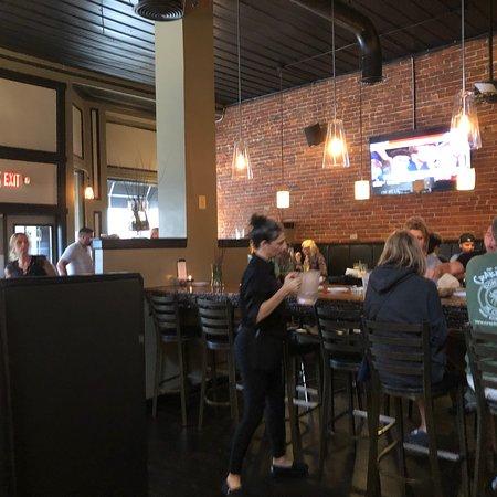 10 West Restaurant and Bar: photo0.jpg