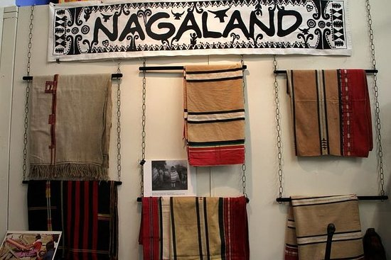 Nagaland - Tissage traditionnel en...
