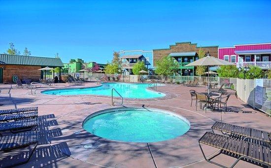 Overgaard, AZ: Pool