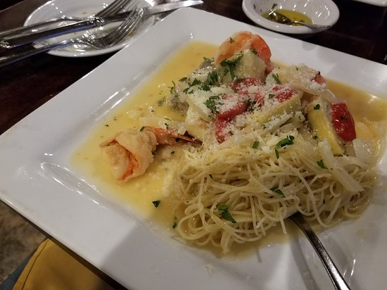 Villa Barone: Sordfish with shrimp and pasta