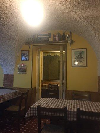 Pietraporzio, Italie : scorcio del locale