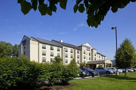 Fairfield Inn & Suites Cumberland