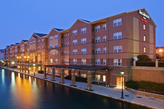 residence inn indianapolis downtown on the canal updated. Black Bedroom Furniture Sets. Home Design Ideas