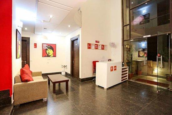 OYO Flagship 387 Moulsari Avenue