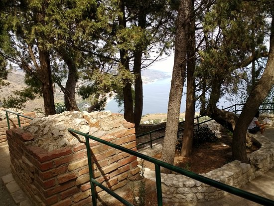Teatro Greco: view