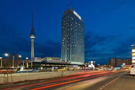 Park Inn Berlin Adresse