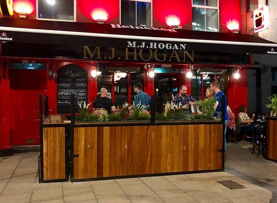 Ma Hogans Bar
