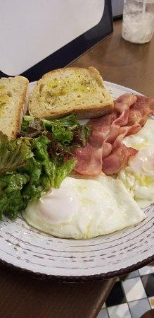 Phyllo Local Bakery & Mediterranean Delicacies