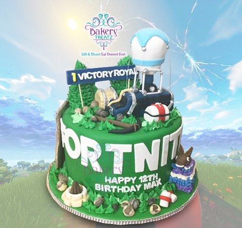 Fortnite Birthday Cake Picture Of Bakery Treatz Chaguanas Tripadvisor