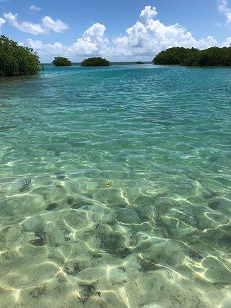 St. George's Caye, Belize: snorkeling around the island