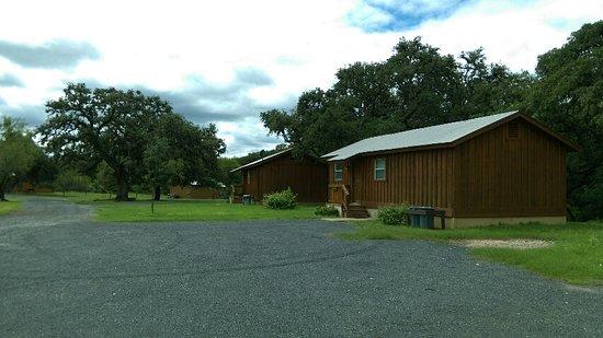 Utopia, TX: Guest cabins