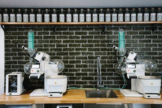 Porter's Gin Micro Distillery