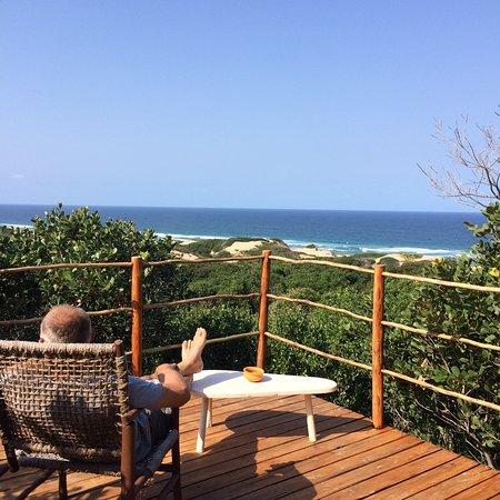 Inharrime, Mozambique : Seul le bruit doux et lointain des vagues manque à ce paysage de calme et de beauté