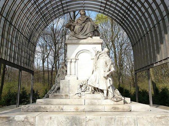 Richard-Wagner-Denkmal (Monumento a Richard Wagner)
