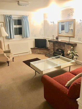 Derbyshire, UK: Apartment living room.