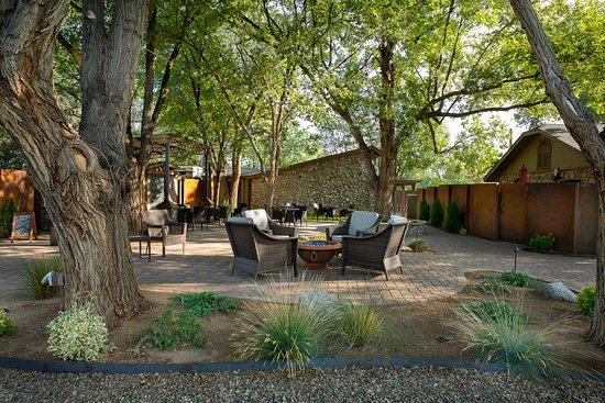 Chino Valley, AZ: Garden Courtyard fire pit patio