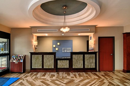 Roanoke Rapids, NC: Lobby